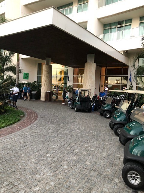 Entrance to Golf Shop
