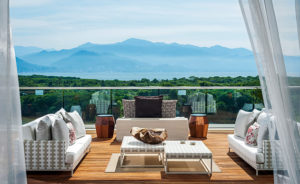 Grand Luxxe 3-BR Loft View