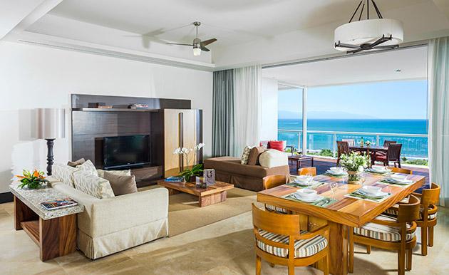 Grand Luxxe 2 BR Villa Living Area